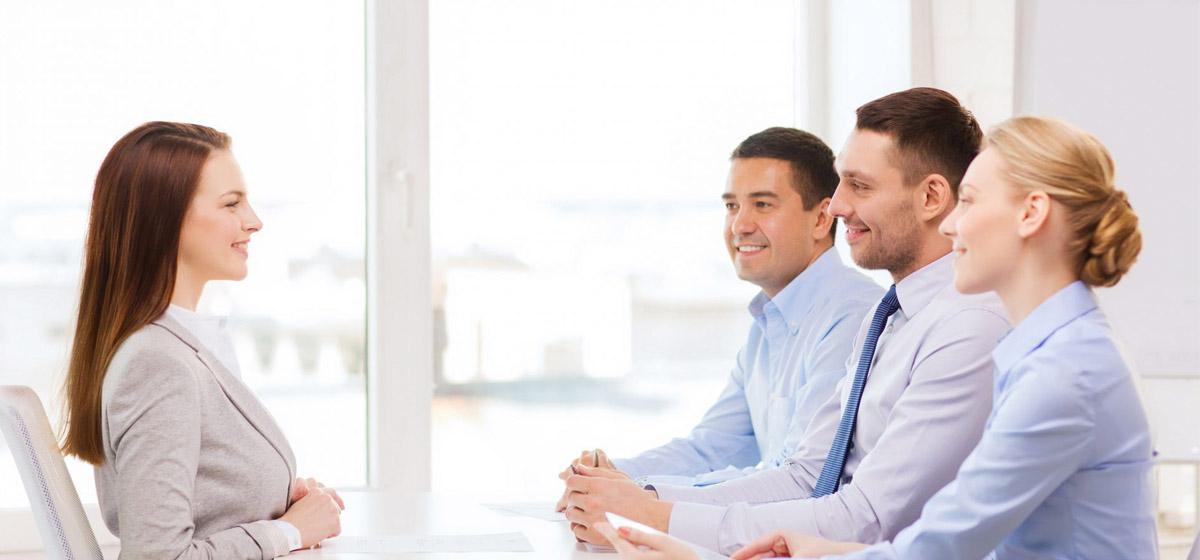 10 پرسشی که هنگام مصاحبه شغلی نباید از متقاضیان پرسید
